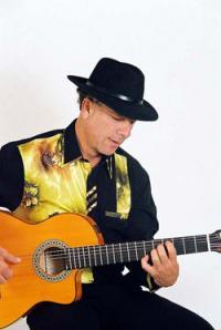 Uitstekend geschikt voor Spaanse themadagen om met met zijn sfeervole muziek de middag of avond te vervolmaken.