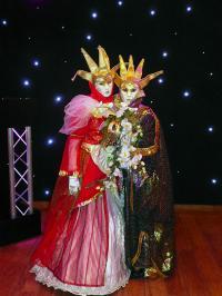 Venetiaanse maskers, decors en entertainment